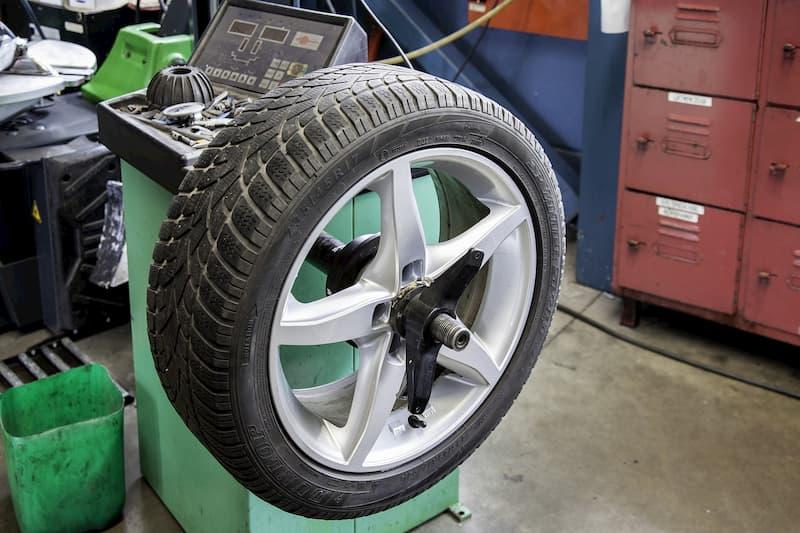 Que es el dibujo de las ruedas de tu coche